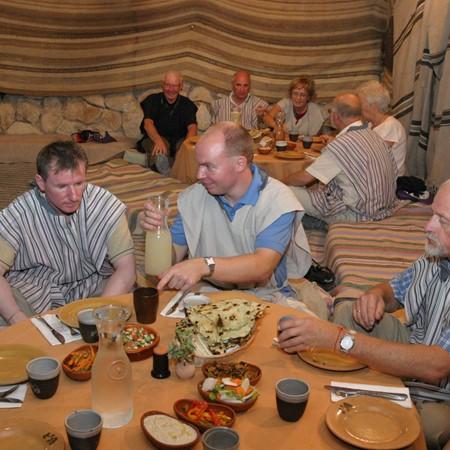 מקום טוב לאכול במדבר יהודה